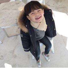 Cr.Jhanuul Cute Asian Babies, Korean Babies, Asian Kids, Cute Babies, Kid N Teenagers, Kids Boys, Baby Kids, Baby Boy, Cute Little Things