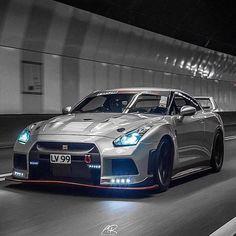 Nissan R35 GT-R NISMO