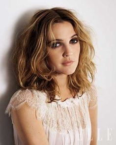 Drew Barrymore Hairstyles Blonde and Dark Brown Hair My Hairstyle, Cute Hairstyles, Straight Hairstyles, Wedding Hairstyles, Drew Barrymore Haare, Drew Barrymore Style, Drew Barrymore Makeup, Brown Hair Colors, Hair Colour