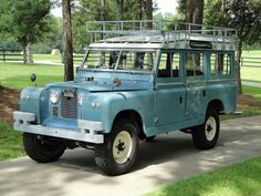 Land Rover 109 Serie IIA SW safari top. The most beautiful Land Rover for me. Lobezno.