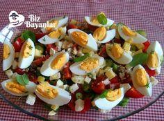 Kahvaltılık Salata Tarifi nasıl yapılır? Kahvaltılık Salata Tarifi malzemeleri, aşama aşama nasıl hazırlayacağınızın resimli anlatımı ve deneyenlerin yorumlarıyla burada