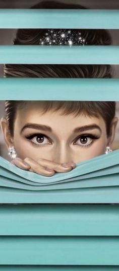 Audrey Hepburn Wallpaper, Audrey Hepburn Photos, Audrey Hepburn Style, Divas, Barbara Stanwyck, She Movie, About Time Movie, Schneider, Blue Aesthetic