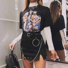 Rock style outfit - Source by outfits Style Outfits, Edgy Outfits, Retro Outfits, Mode Outfits, Grunge Outfits, Grunge Fashion, Look Fashion, Korean Fashion, Vintage Outfits