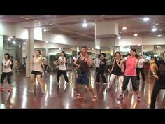 Si tu Quieres(Mega Mix 35) / ZUMBA® WITH HOWARD