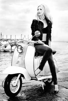 Claudia Schiffer, looking gorgeous & like Brigitte Bardot, shines in the Guess Anniversary ad campaign. Photographed by Ellen Von Unwerth. Ellen Von Unwerth, Scooter Girl, Vespa Girl, Retro Scooter, Claudia Schiffer, Lambretta Scooter, Vespa Scooters, Scooter Motorcycle, Women Motorcycle