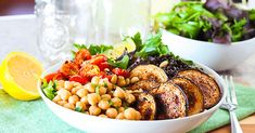 Vegan Middle Eastern Healthy Bowl - http://veryveganrecipes.com/vegan-middle-eastern-healthy-bowl/
