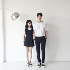 Matching Couple Outfits, Matching Couples, Cute Couples, Outfits For Teens, Cute Outfits, Korean Couple, Ulzzang Couple, Fashion Couple, Outfit Goals