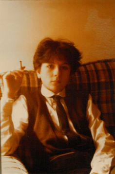 A young Donna Tartt. Oddly, this is how I rather picture the young Theo in The Goldfinch.