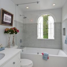 Transitional Travertine Bath Design Ideas, Pictures, Remodel and Decor