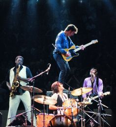 Bruce Springsteen & The E Street Band Elvis Presley, Live Music, My Music, The Boss Bruce, Bruce Springsteen The Boss, E Street Band, Dancing In The Dark, Born To Run, Tom Petty
