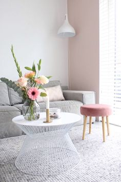 Home Decoration For Small House Refferal: 8102713636 Welcome To My House, Modern Home Interior Design, Colourful Living Room, Studio Room, Living Room Inspiration, Decorating Blogs, Cheap Home Decor, Decoration, Living Room Decor