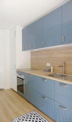 www.skeadesigner.com | Une cuisine intégrée IKEA METOD bleu et bois | inspiration nordique | de la couleur dans la déco | design d'intérieur | déco