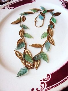 Vintage Charm Necklace Lucite Leaves and by primitivepincushion, $23.99