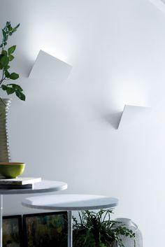 ALUMINIUM WALL LIGHT VERSO BY LUCENTE - GRUPPO ROSTIROLLA | DESIGN MARIO MAZZER  ArchitecHome rivenditore Lucente