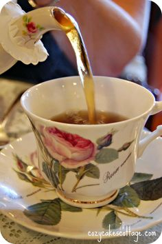 "A friend gave me a pair of these ""Redoute"" rose tea cups & I always put a paper drip protector on my tea pot spout ; Coffee Time, Coffee Break, Tea Time, Coffee Cup, Vintage China, Vintage Tea, Tea Cup Saucer, Tea Cups, Café Chocolate"