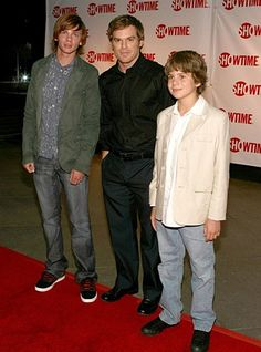 Just sad that the teen dexter is taller than adult dexter. I never noticed.