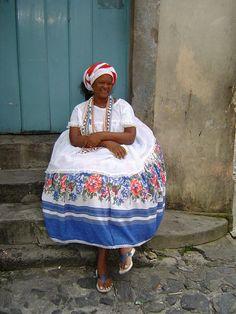 Brasil Around The World Theme, People Around The World, Rio De Janerio, Folklore, Go Brazil, Brazilian People, In Patagonia, Latin Women, African Diaspora