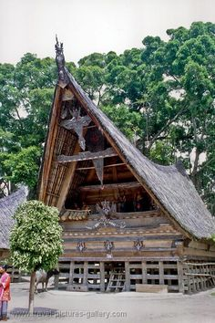 Traditional Indonesian Architecture | ... Indonesia - Sumatra-0007 - traditional Batak architecture, Lake Toba