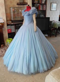 Cinderella 2015 dress tutorial