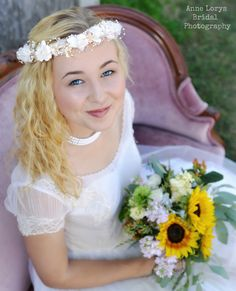 http://fionaandtwig.blogspot.com/2014/10/here-comes-bride.html  Copyright Anne Lorys Photography