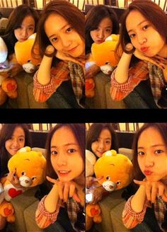 f(x)'s Krystal and Victoria pose in their bare faces