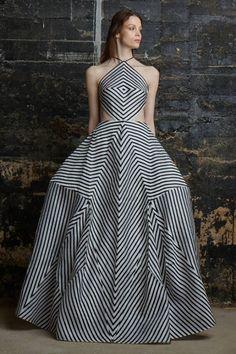 Rosie Assoulin Fall 2015 Ready-to-Wear Fashion Show Stripes Fashion, White Fashion, New Fashion, Runway Fashion, Fashion Show, Autumn Fashion, Fashion Design, Glamour Moda, Fashion Week 2015