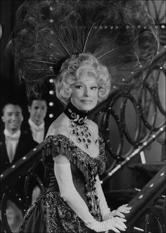 Iconic musical theatre legend Carol Channing turns 95 on Jan. We offer a brief photo retrospective. Happiest of birthdays, Ms. Broadway Theatre, Musical Theatre, Ms Doubtfire, Carol Channing, Women In History, Black History, Pretty Photos, Show Photos, Hollywood Actresses