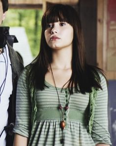 demi lovato and camp rock image Camp Rock, Demi Lovato, Rock Outfits, Band Outfits, Nick Jonas Smile, Movies And Series, Disney Channel Stars, Demi Moore, Long Layered Hair