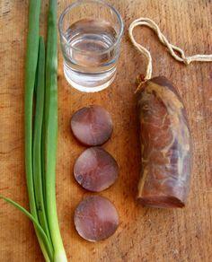 """Ну чо, как было? Сидели мы с Ктотамычем, семки клевали, да базар правильный за колбасу терли. Порешили -- """"БОМБУ"""" надо делать. А пацан сказал -- пацан сделал)))…"""