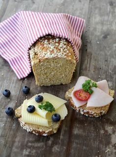 Proteinrikt havrebrød Bread Recipes, Cooking Recipes, Lunch Wraps, Norwegian Food, Best Beer, Diabetes, Nom Nom, Cheesecake, Protein