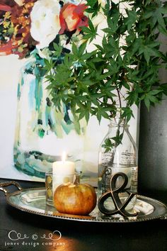 jdc-house-tour-leaves-in-vase-pumpkin-candle