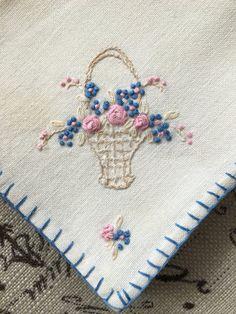 Set of 4 Vintage Embroidered Napkins by GirlInTheLane on Etsy