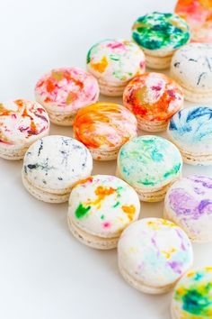 DIY Marbled Macarons are fun and colorful!  Perfect for any party! #party #partyideas #macarons