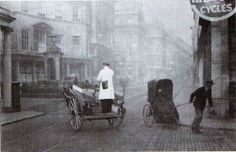 Stall St on a foggy day in 1935