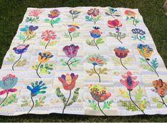 Flower Garden, Kim McLean - center section finished (Laila Nelson)