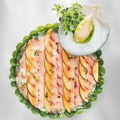 Le carpaccio de poutardier aux nectarines et pêches de vigne - une recette Recettes de chefs - Cuisine