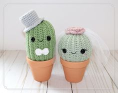 listing is for a customizable, bride and groom crochet cactus (both in clay. -This listing is for a customizable, bride and groom crochet cactus (both in clay. - Ravelry: Cactus amigurumi pattern by Inmaculada Montero Crochet baby Groot from Gu. Kawaii Crochet, Cute Crochet, Knit Crochet, Crochet Baby, Amigurumi Patterns, Knitting Patterns, Crochet Patterns, Crochet Cactus, Crochet Flowers