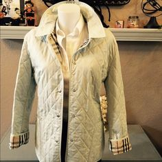 SALE⚡️SALE⚡️SALEAuthentic Burberry Quilted jacket This jacket is in perfect condition, worn 2x and just dry cleaned, authentic Burberry quilted jacket, in a light sea foam green Burberry Jackets & Coats