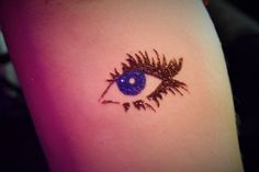 Eye temporary glitter tattoo by #lainetoo