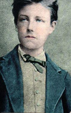 """""""Arthur Rimbaud, el hombre de las suelas al viento, será siempre recordado como aquél de rostro angelical y ojos azules que a sus 19 años sacudió la poesía francesa del siglo XIX, para luego darle la espalda y despreciarla para siempre."""" (Camilo Hoyos Gómez, 2013)"""