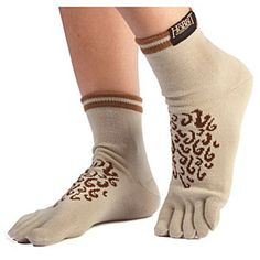 Frodo had some sexy Hobbit feet. You can get Hobbit socks to dress up like him.This is a funny gift for any Lord of the Rings fan. Hobbit Feet, O Hobbit, Hobbit Hole, Hobbit An Unexpected Journey, Funny Gifts For Men, Foot Socks, Socks And Sandals, Geek Fashion, Thing 1