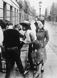 Two women talk to youngsters in Southam Street. The photos were all taken by Roger Mayne Old Pictures, Old Photos, Vintage Photos, Vintage Photographs, Vintage London, Old London, British History, American History, London History