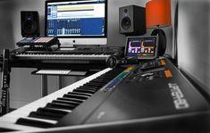 Trendy Home Studio Music To Get Ideas Home Recording Studio Setup, Home Studio Setup, Music Studio Room, Studio Ideas, Music Rooms, Home Studio Musik, Home Gym Design, Recorder Music, Living Room Windows