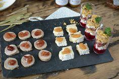 Assiette de tapas charcuterie fromage et confitures