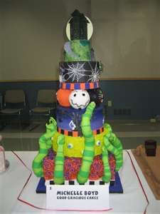 so cool for Halloween or even a cool wedding cake.