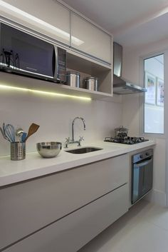 Take Advantage Of Compact Kitchen Remodel Kitchen Room Design, Modern Kitchen Design, Kitchen Interior, Kitchen Decor, Kitchen Designs, Kitchen Ideas, Modern Design, Modern Farmhouse Kitchens, Farmhouse Style Kitchen