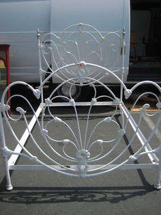 12 Best Second Hand Beds Maka S Garage Images Cast Iron Beds