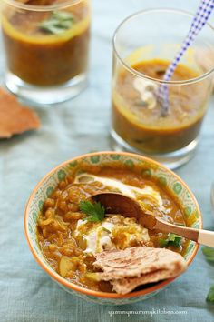 Curried pumpkin lentil soup. This is the perfect healthy fall recipe and has gotten rave reviews from readers. Yum!  #vegan #vegetarian  YummyMummyKitchen...