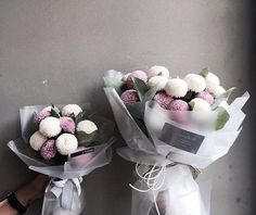 Vanessflower Green Flowers, My Flower, Beautiful Flowers, Bouquet Wrap, Hand Bouquet, How To Wrap Flowers, Flower Packaging, Flower Boxes, Floral Bouquets