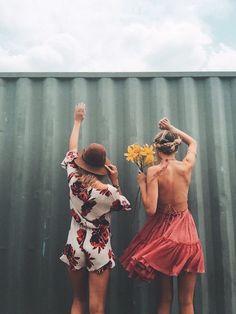freepeople: Summer lovin' | photo inspo